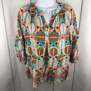 Crown & Ivy size S bright colored top